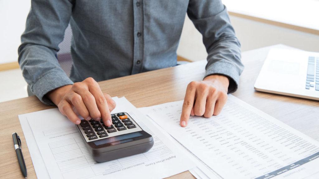 Kalkulace příjmů a výdajů