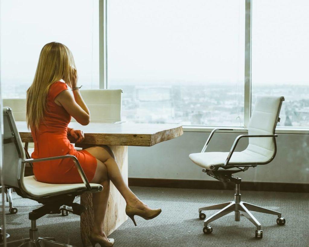 Podnikatelka v kanceláři